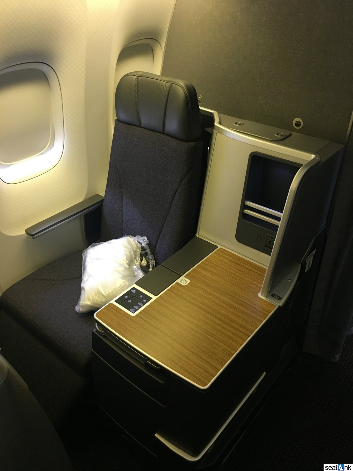 American airlines 767 300 business class review the for Window side seating