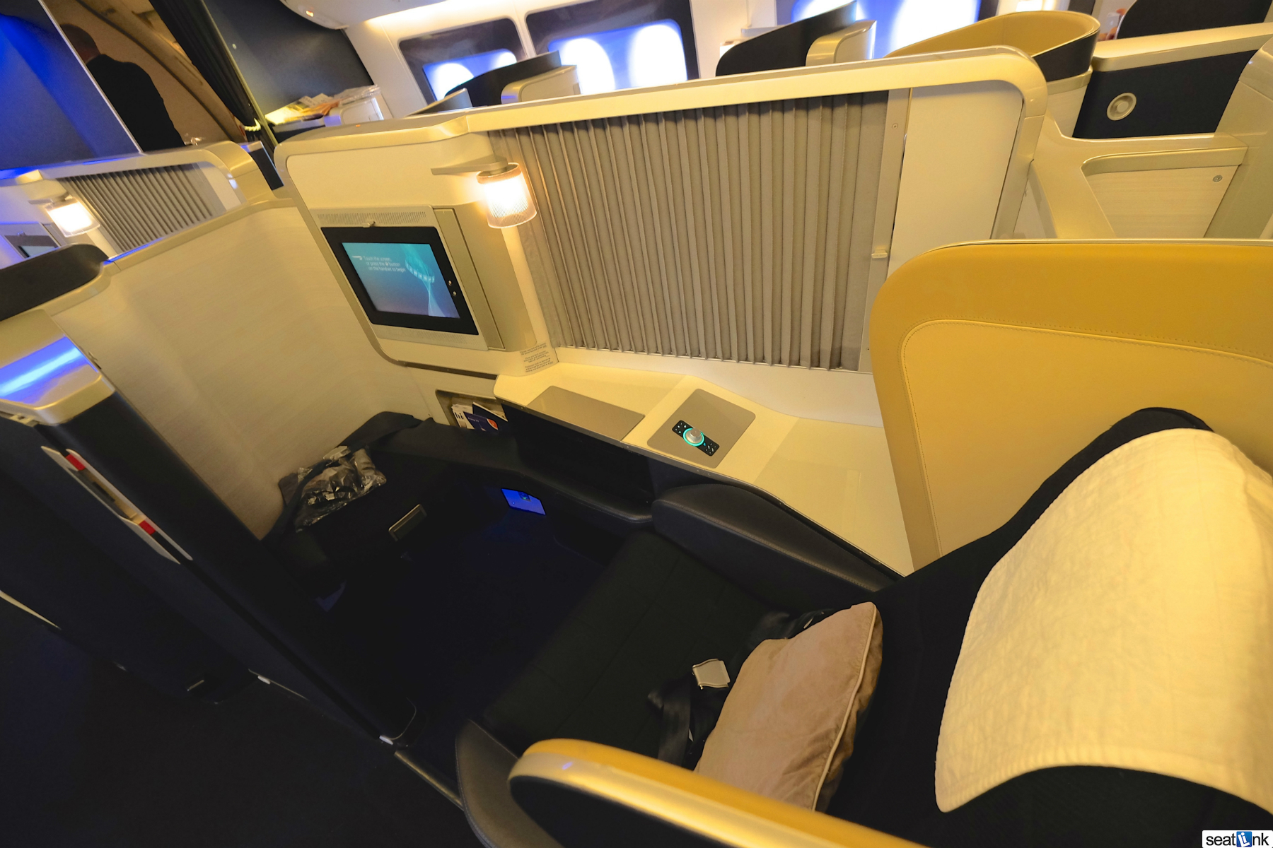 British Airways 777 First Class LHR to SEA [Review] - The ...